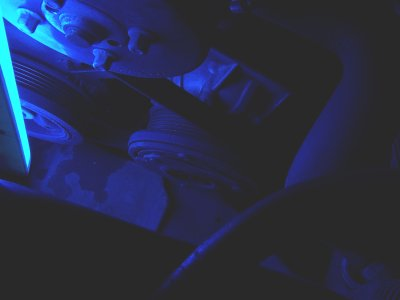 Compressor in UV light